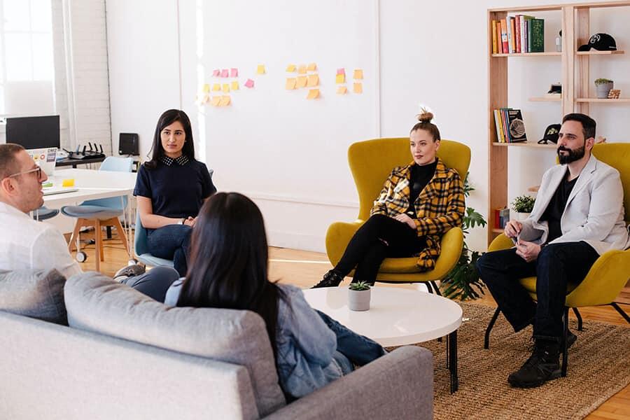 Aula no modelo Inglês para Empresas - TheCamp